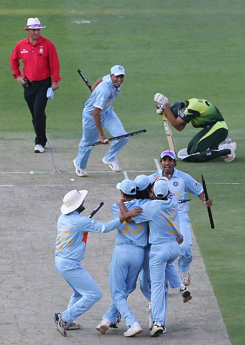India wins Twenty20 World Cup and a billion hearts - The ...